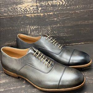 Boss Hugo Boss Captoe Leather Oxfords Size 8